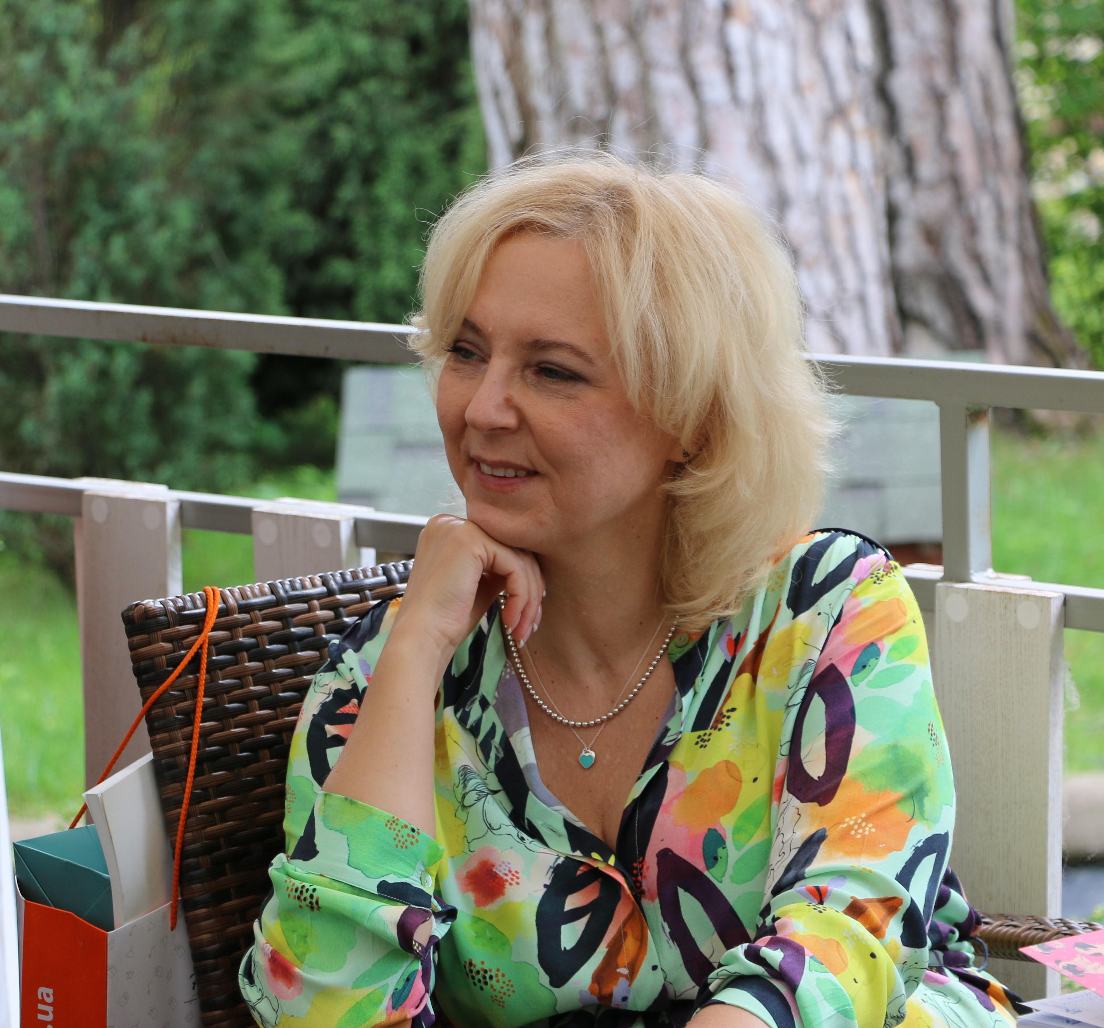 Anna Zaparovanaya